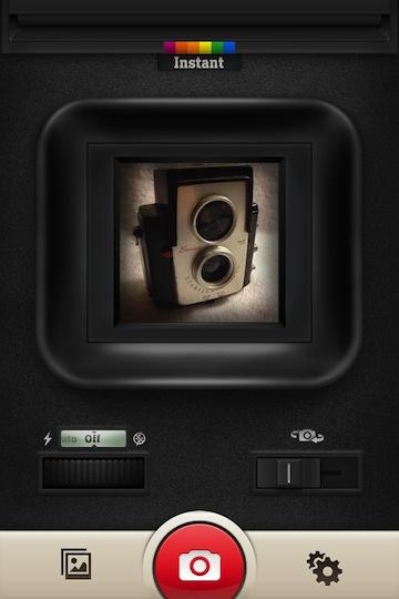 01 Instant iPhone