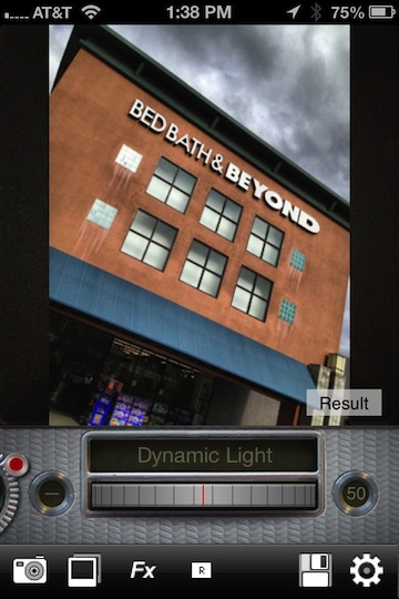 04 iPhone Dynamic Light